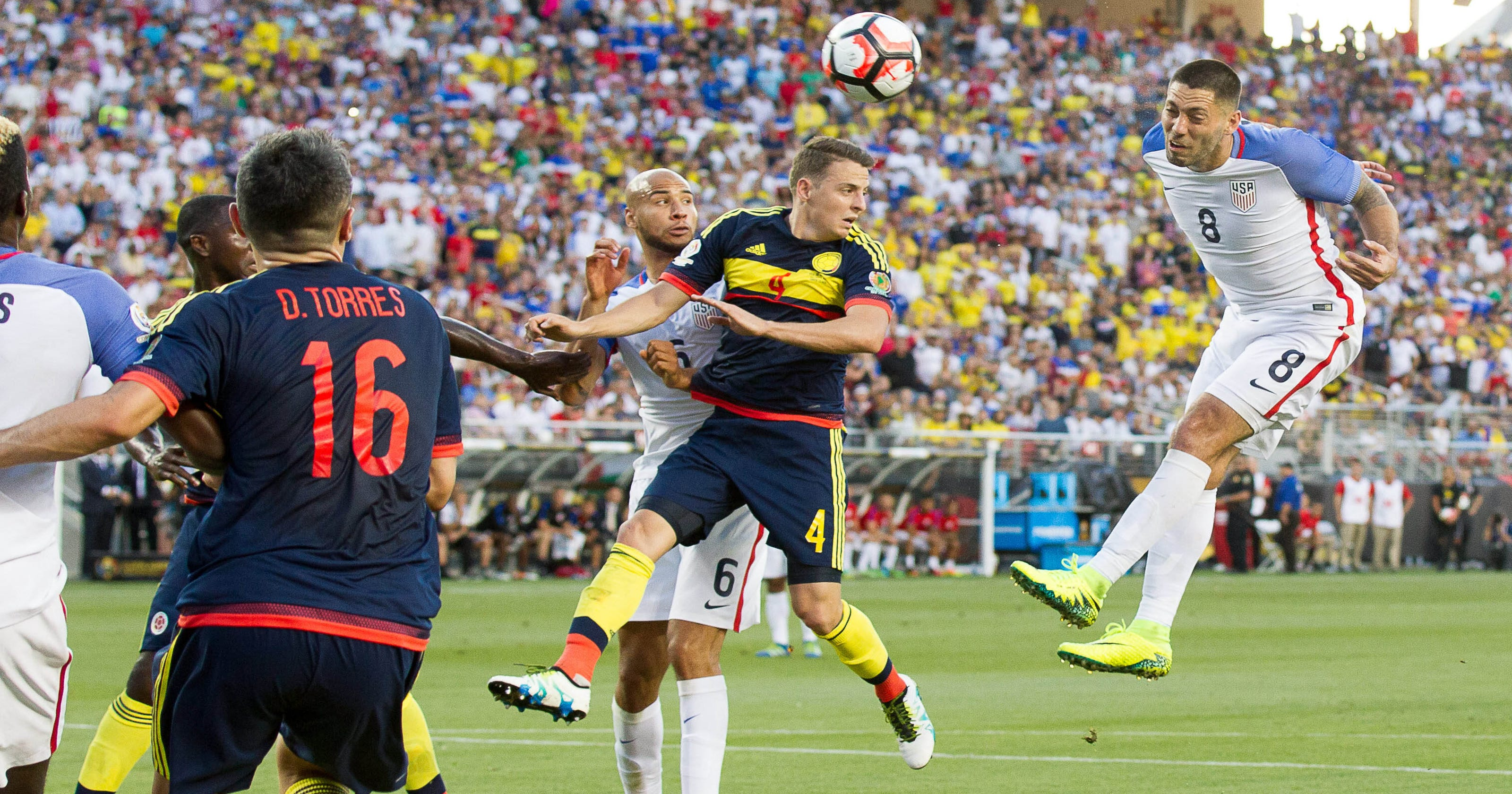 1894558b6 Colombia shuts out USMNT in Copa America opener