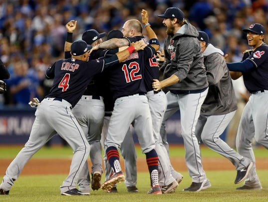 USP MLB: ALCS-CLEVELAND INDIANS AT TORONTO BLUE JA S BBA CAN ON