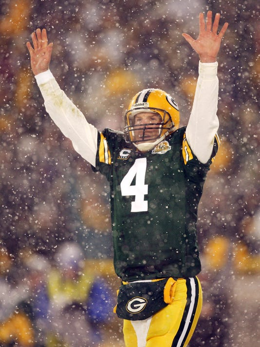timeless design e3d02 1a377 Brett Favre to join Packers Hall of Fame, have No. 4 retired