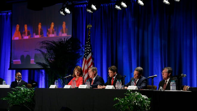 Tennessee Governor candidates (L to R) House Speaker Beth Harwell (R), Karl Dean (D), Randy Boyd (R), Bill Lee (R) and Rep. Craig Fitzhugh (D) participate in the Gubernatorial Candidates' Forum on health care Tuesday, Feb. 27, 2018, at Trevecca Nazerene University.
