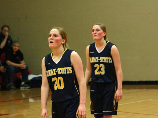 Sisters and Seniors, Taylor and Sydney Macomber play