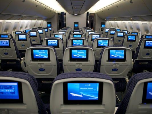 635919081570351504-United-Economy-Plus-airline-seat-2015.jpg
