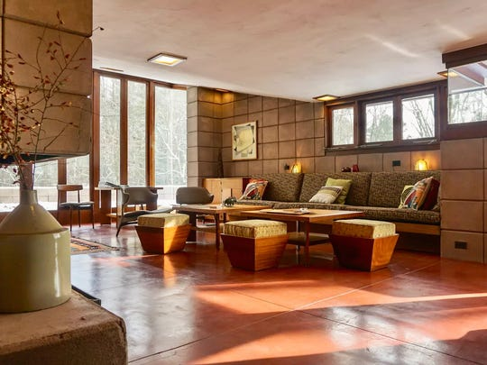 Two Frank Lloyd Wright Homes Available To Rent In Mich