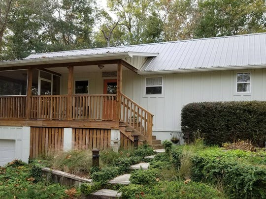 """Artist Cottage"" is the top-rated Airbnb in Holmes County."