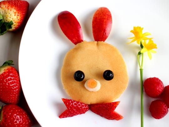 Kids can enjoy breakfast with the Easter Bunny at DoubleTree Hotel.