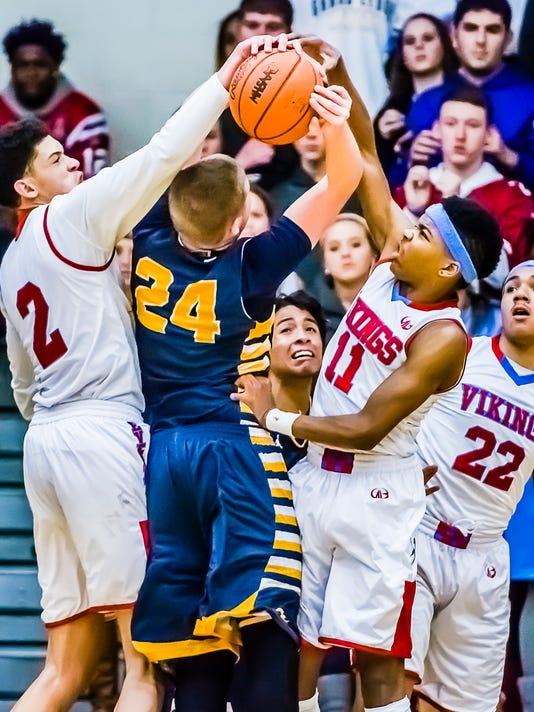 Grand Ledge vs Everett Basketball