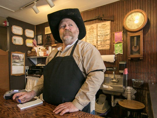 Hotel Hickman Chuckwagon BBQ restaurant owner Scott