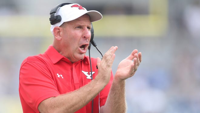 Bo Pelini guided Youngstown State to a 12-4 record and national runner-up finish last year.