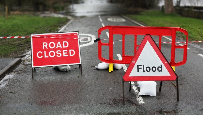 Weather road closed flooded