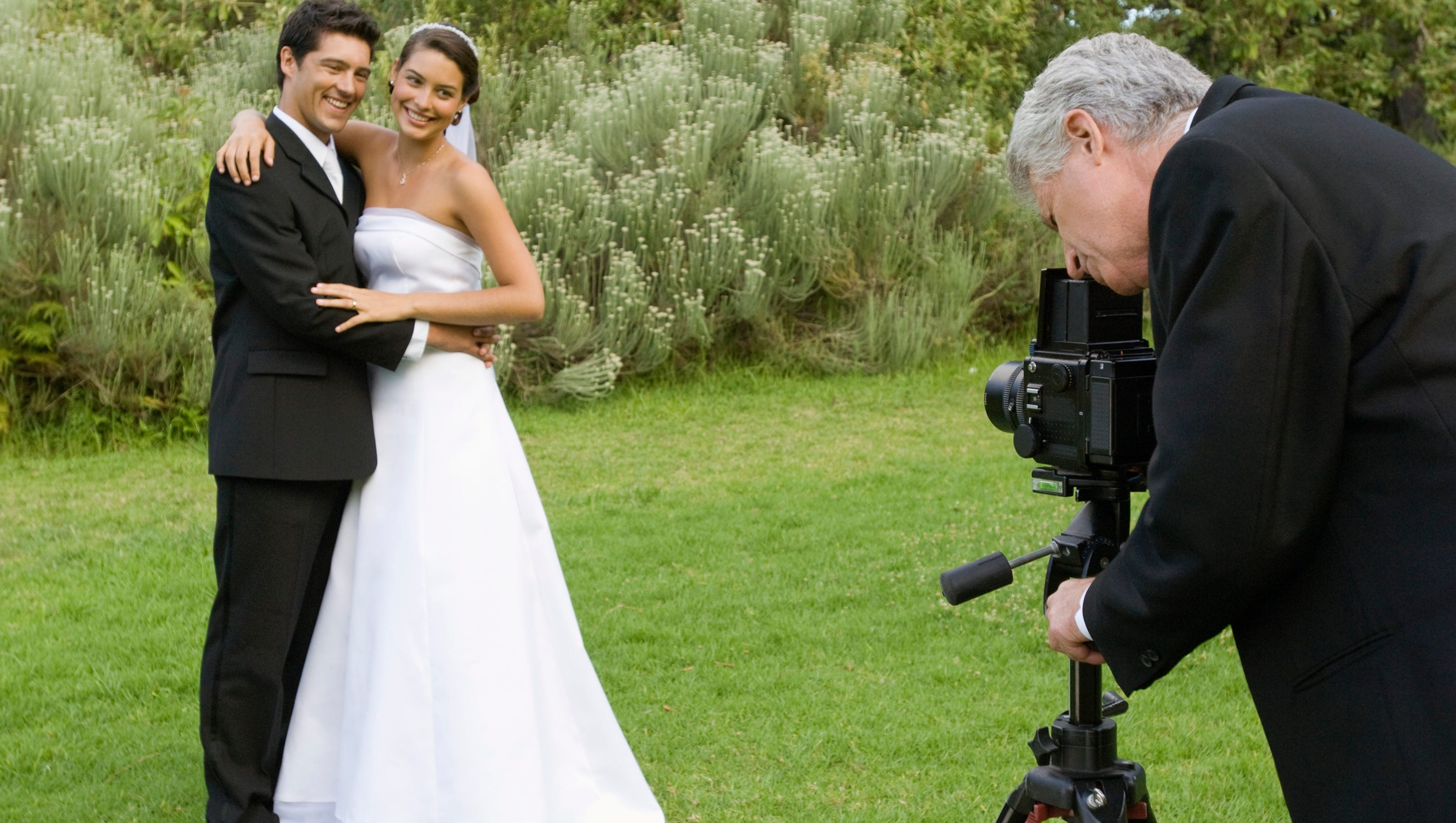 The I Do S And Don Ts When It Comes To Hiring A Wedding Photographer