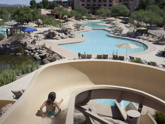 The Sheraton Grand at Wild Horse Pass has a pool with