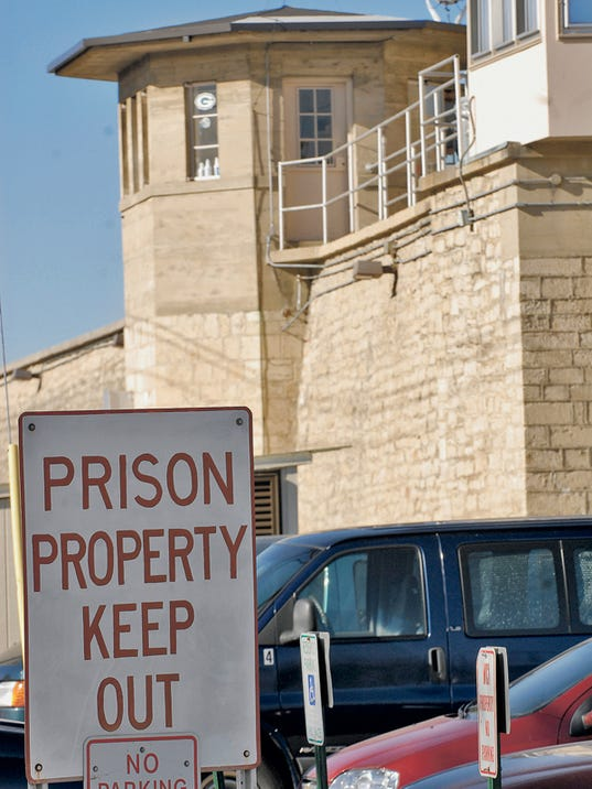 Waupun Prison tower.jpg