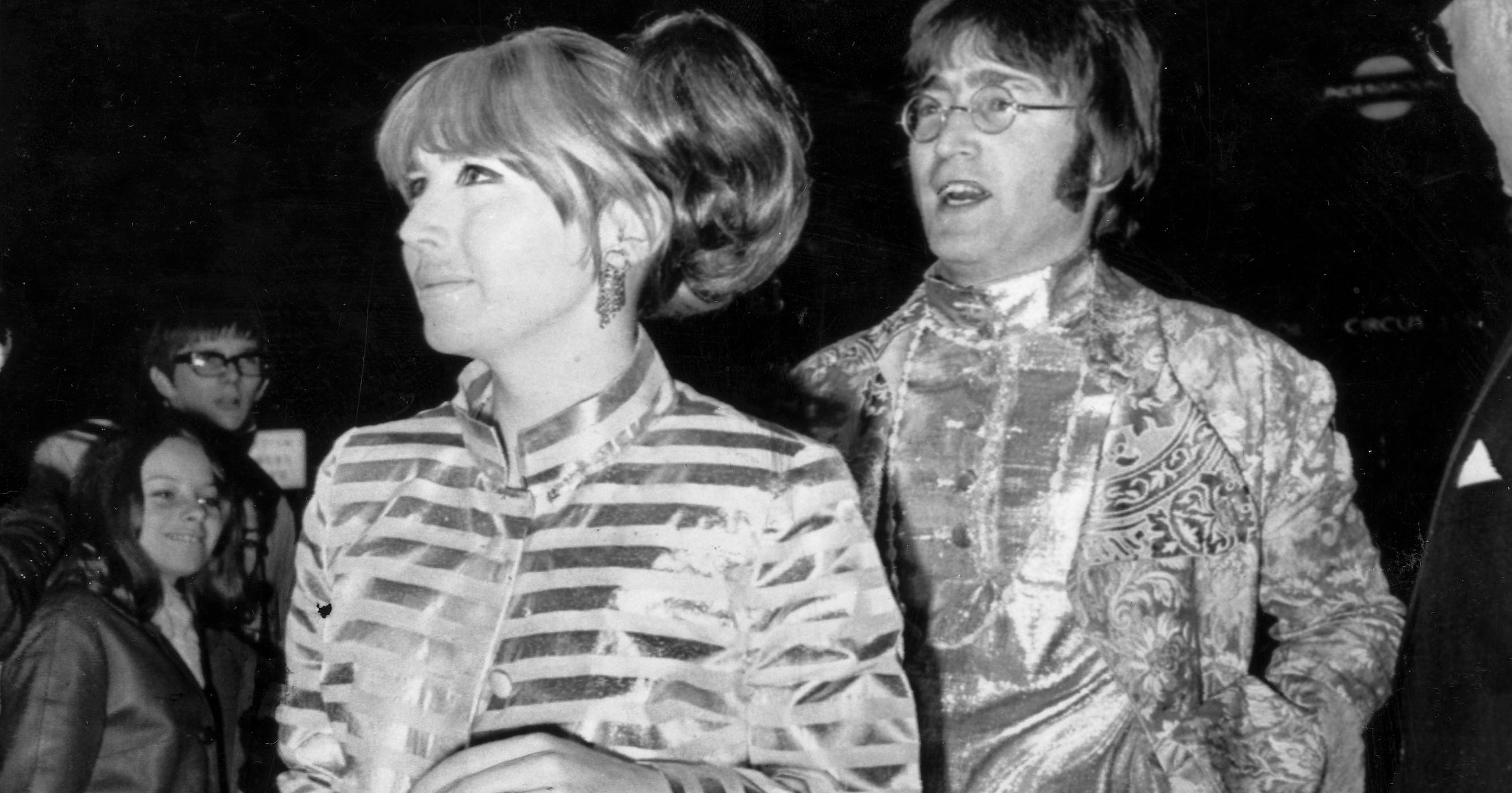 John Lennons Ex Wife Cynthia Lennon Dies