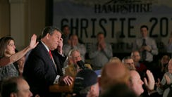 New Jersey Gov. Chris Christie with wife Mary Pat Christie