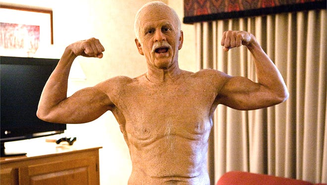 """Johnny Knoxville brings back Irving Zisman in """"Bad Grandpa .5"""""""