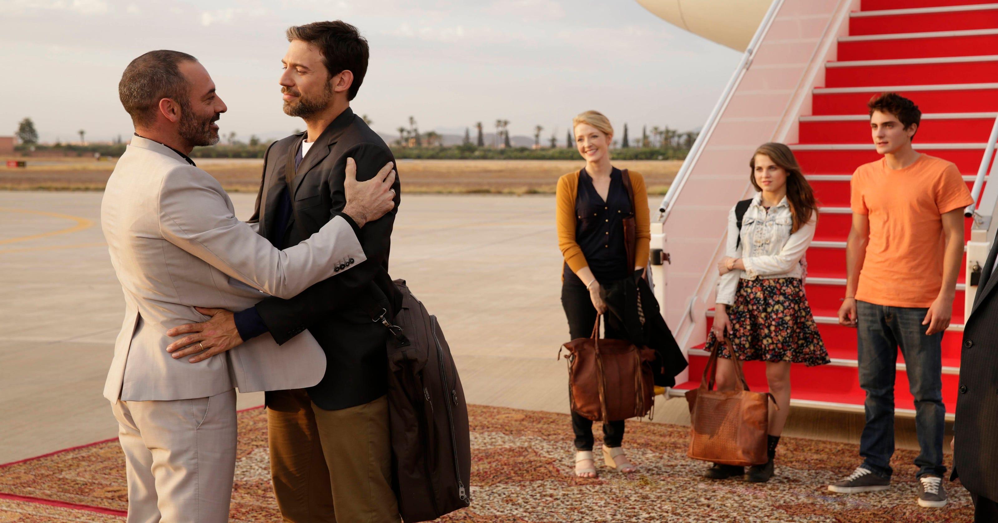 Jennifer Finnigan Feet fx orders drama, 'tyrant,' from 'homeland' producers