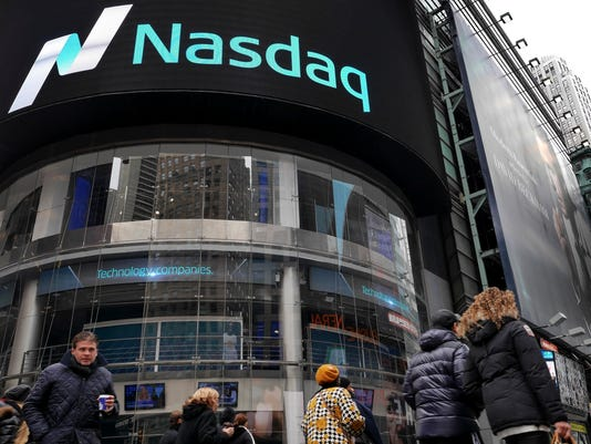 AP FINANCIAL MARKETS NASDAQ F USA NY