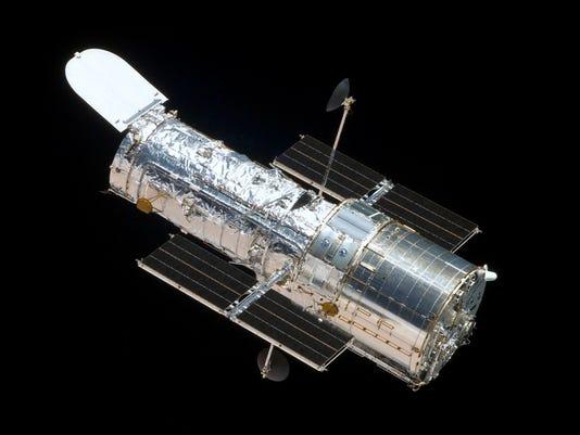 635944189546947352-HubbleTelescope.jpeg