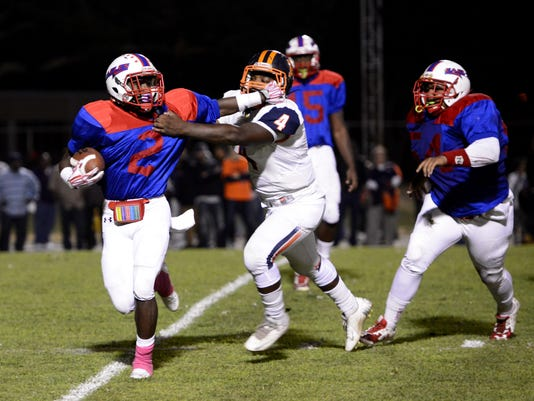 Pine Forest beats Escambia 21-17 on their homecoming night