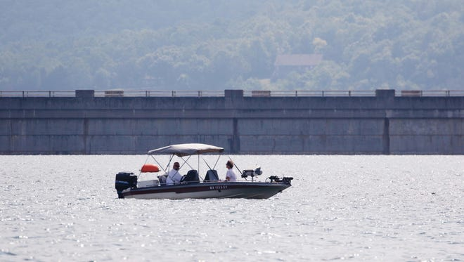 Visitors love Bull Shoals Lake for the fishing, pristine waters, low boat traffic and wide channels.