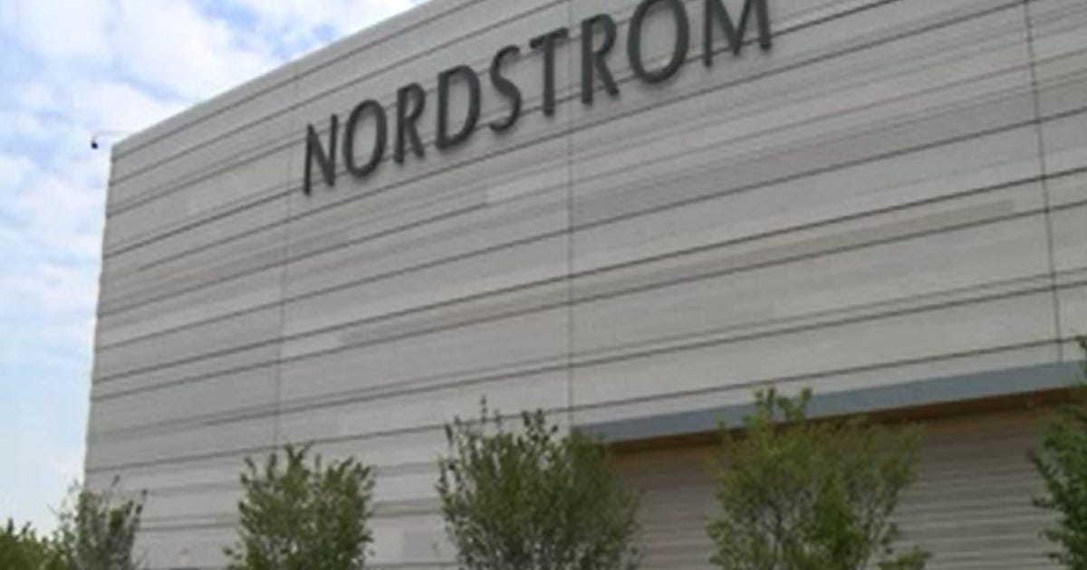 Ridgedale Nordstrom opens with beauty bash