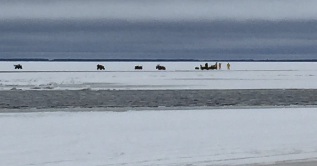 Dozens ice fishing on upper red lake rescued for Red lake mn ice fishing