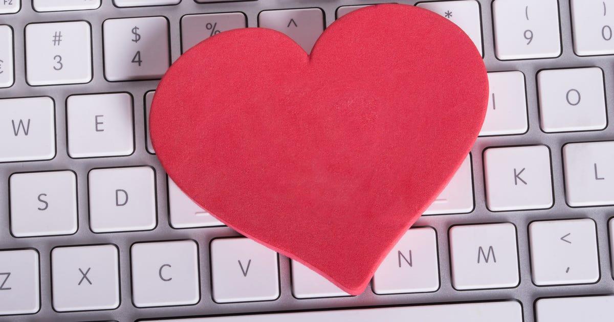 online dating scheme targets seniors. Black Bedroom Furniture Sets. Home Design Ideas