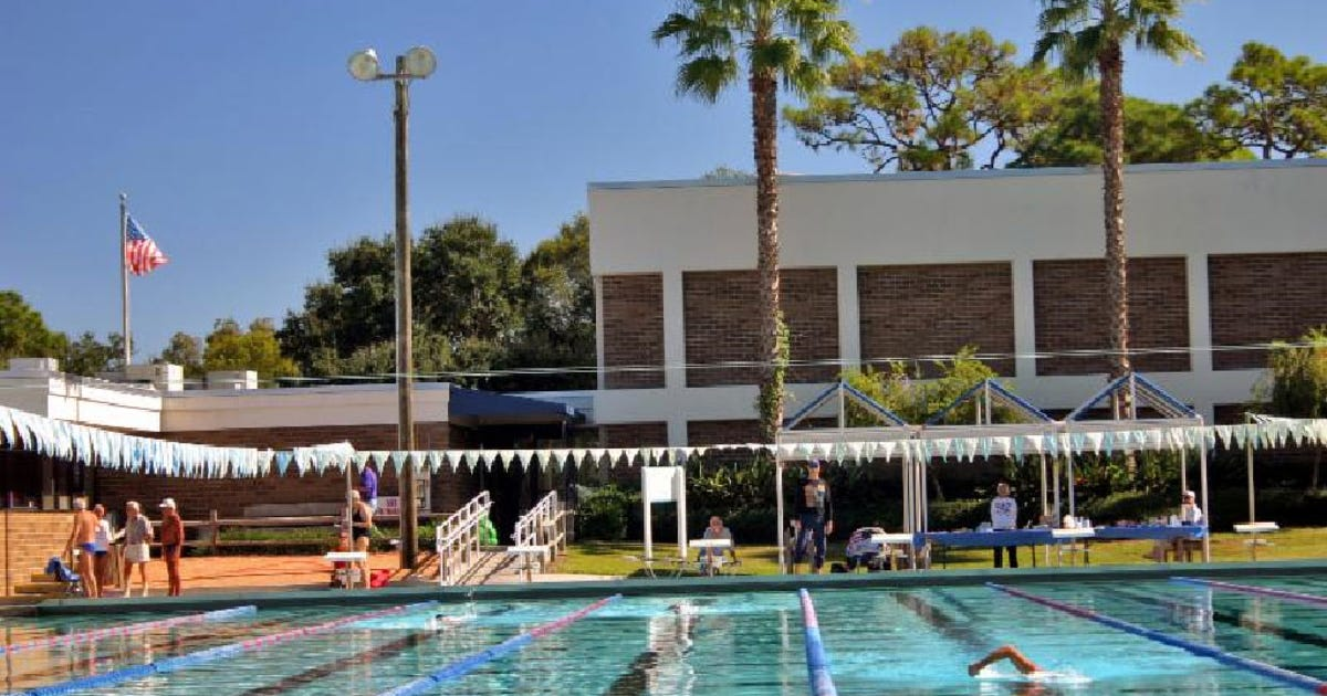 sarasota park pool reopens after bacteria closure