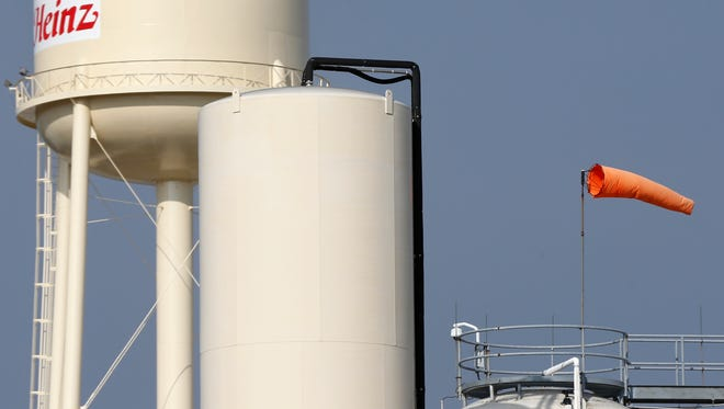 Answer Man: Why is there a windsock on the Kraft Foods plant?