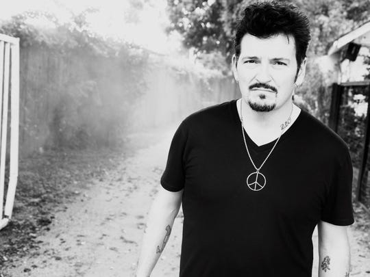 Mike Zito performs at Shank Hall Friday.