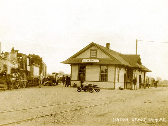 Tempe was excited about President Taft's October 13, 1909 planned stop at the 3rd Street depot. Although no photograph of the visit is known to exist, with addition of thousands of people this is how the scene might have looked.