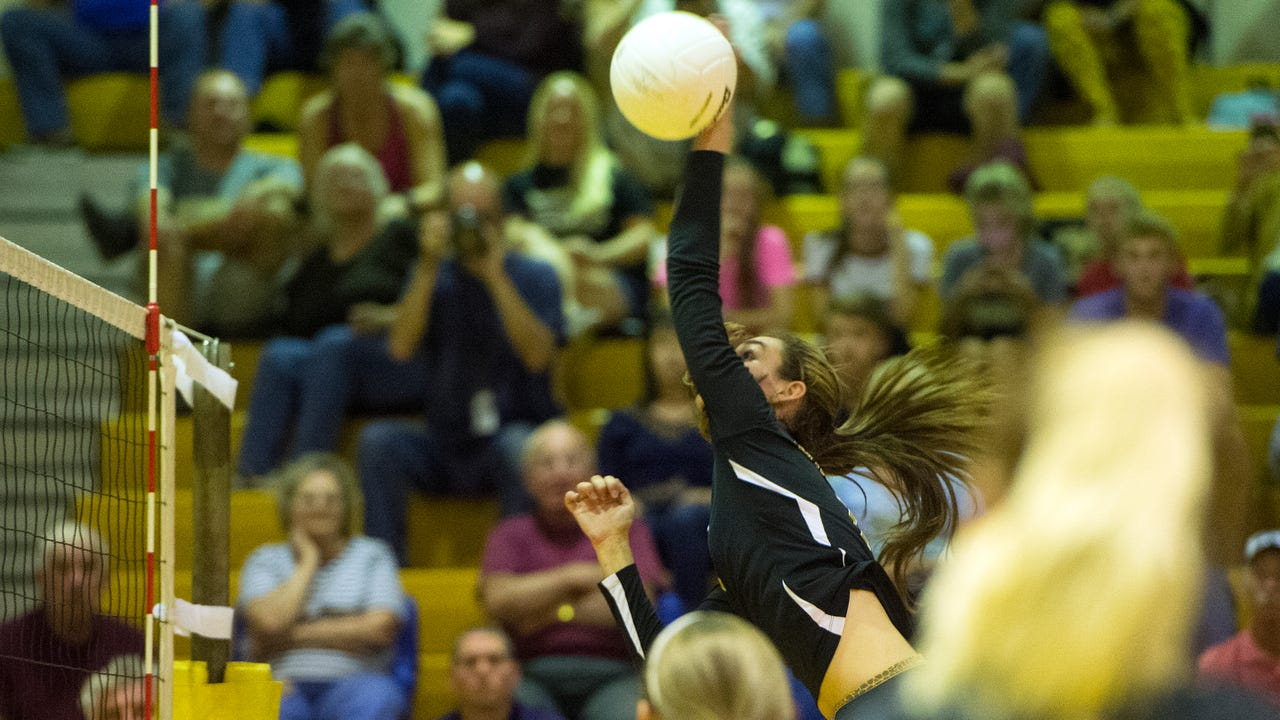 The Delone Catholic Squirettes beat the York Catholic Fighting Irish in 3 games on Oct. 5. Depth has helped the team maintain an undefeated record so far this season.