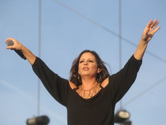 Sara Evans performs Sunday on the Mane Stage during the final day of the 2015 Stagecoach: California's Country Music Festival in Indio. Sunday.