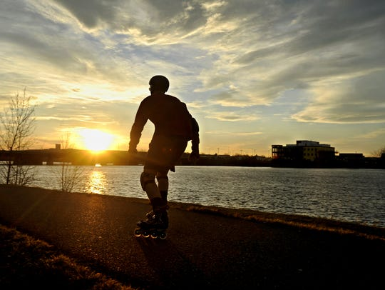 Avoiding the chaos and competition of large cities and planting roots in a quieter, yet equally industrious pocket of the country puts business in a uniquely advantageous position, according to a new report, which ranks Great Falls as the 11th best small city in the country to start a small business.