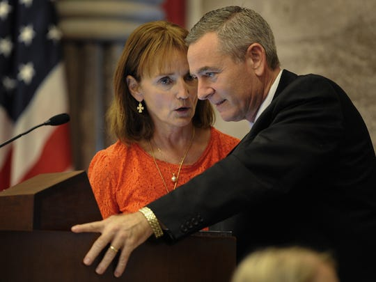 House Speaker Beth Harwell talks with Rep. Glen Casada during a special session of the legislature Sept. 12, 2016, in Nashville.