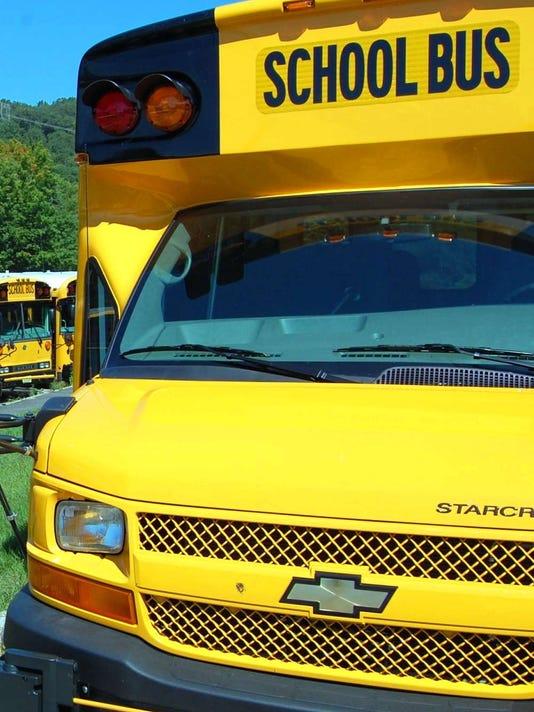 040616-nn-bus.jpg