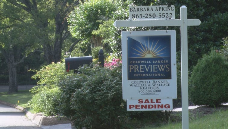 "Knoxville housing market ""booming"" with sales"