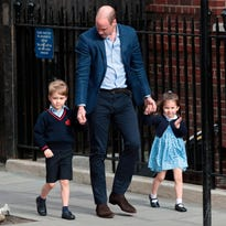 Prince George, Princess Charlotte arrive at the hospital to visit their new brother