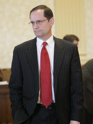 Brookfield lawyer Jerome Buting during the Steven Avery court appearance in a Manitowoc County Courtroom in Manitowoc, WI on Friday March 17, 2006. Avery is charged with first degree intentional homicide and mutilation of a corpse in the death of in the St. John, WI photographer Teresa Halbach. Post-Crescent photo by Mike De Sisti