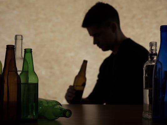 ELM 0620 TEEN DRINKING