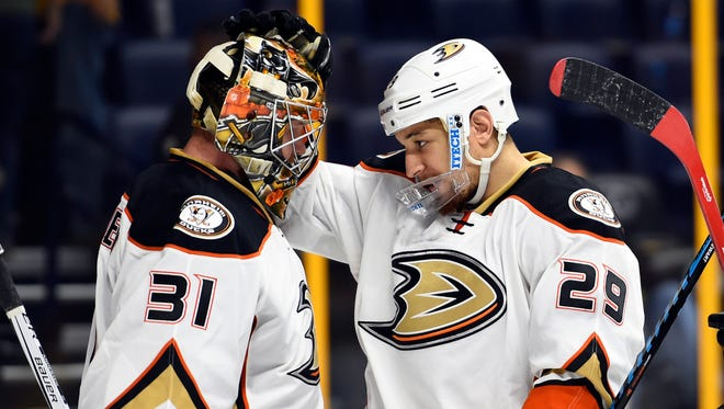 Ducks goalie Frederik Andersen is congratulated by right winger Chris Stewart after the win.