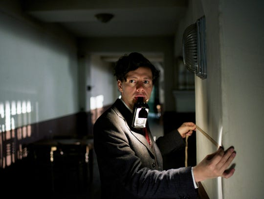Georg Elser (Christian Friedel) sets out to assassinate