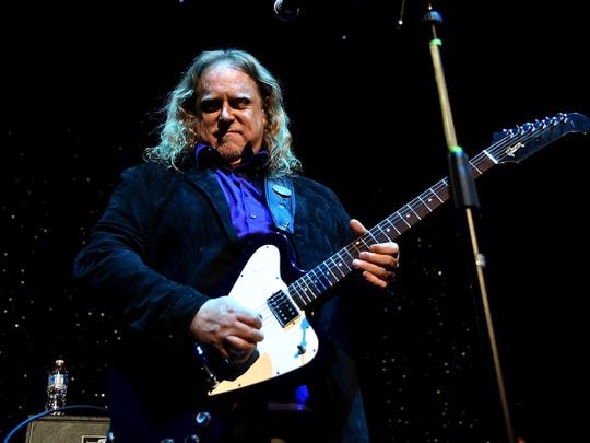Warren Haynes of Gov't Mule performs on stage at One More For The Fans — celebrating the songs and music of Lynyrd Skynyrd at The Fox Theatre on November 12, 2014 in Atlanta, Georgia.