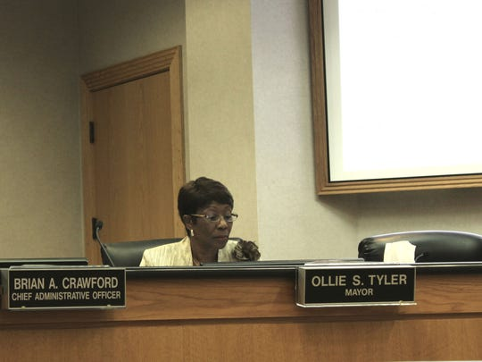 A city councilman is asking Mayor Ollie Tyler to remove current Shreveport Police Chief Alan Crump from his position.
