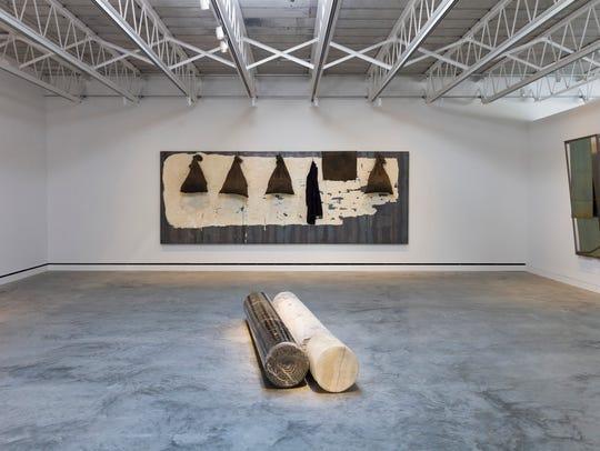 Luciano Fabro, Eos (L'Aurora), 1998, two elements: