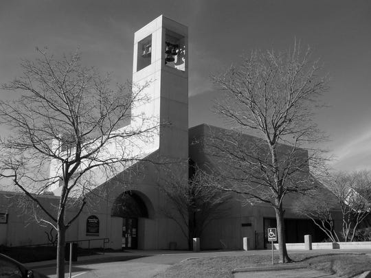 Cathedral_Church_of_St._Paul_Burlington_BW