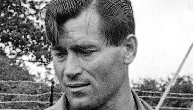"""Clint Walker, here in a 1966 photo from the set of """"The Dirty Dozen,"""" has died at age 91."""
