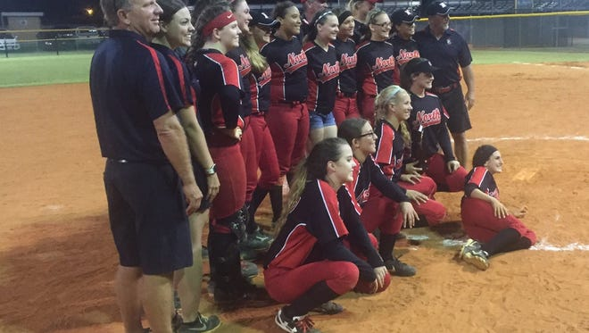 North Fort Myers softball beat Mariner 4-3 on Thursday in the District 6A-11 championship on Thursday.