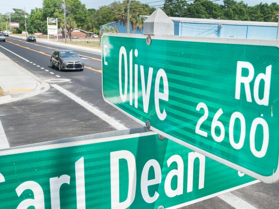 Traffic flows unimpeded by construction along East