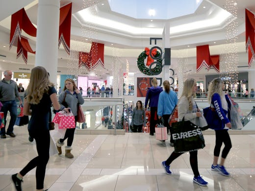 Black Friday See The Stores Closing On Thanksgiving Day